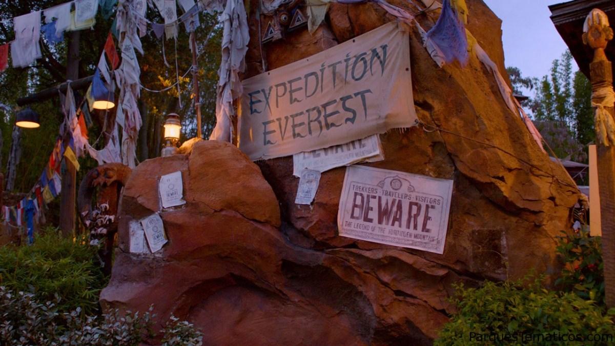 Viaje a la cima del mundo con Expedition Everest en Disney's Animal Kingdom