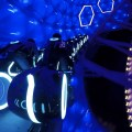 Ingrese a la red en TRON Lightcycle Power Run en Shanghai Disneyland