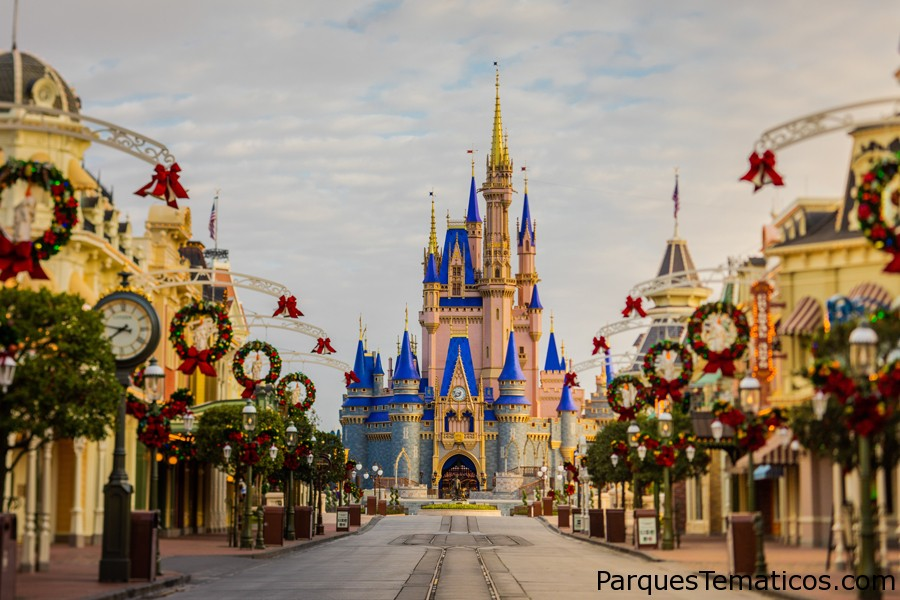 Holiday Magic llega al Parque Temático Magic Kingdom