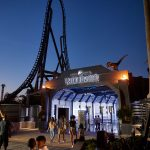 Jurassic World Velocicoaster inauguró en Universal Orlando Resort