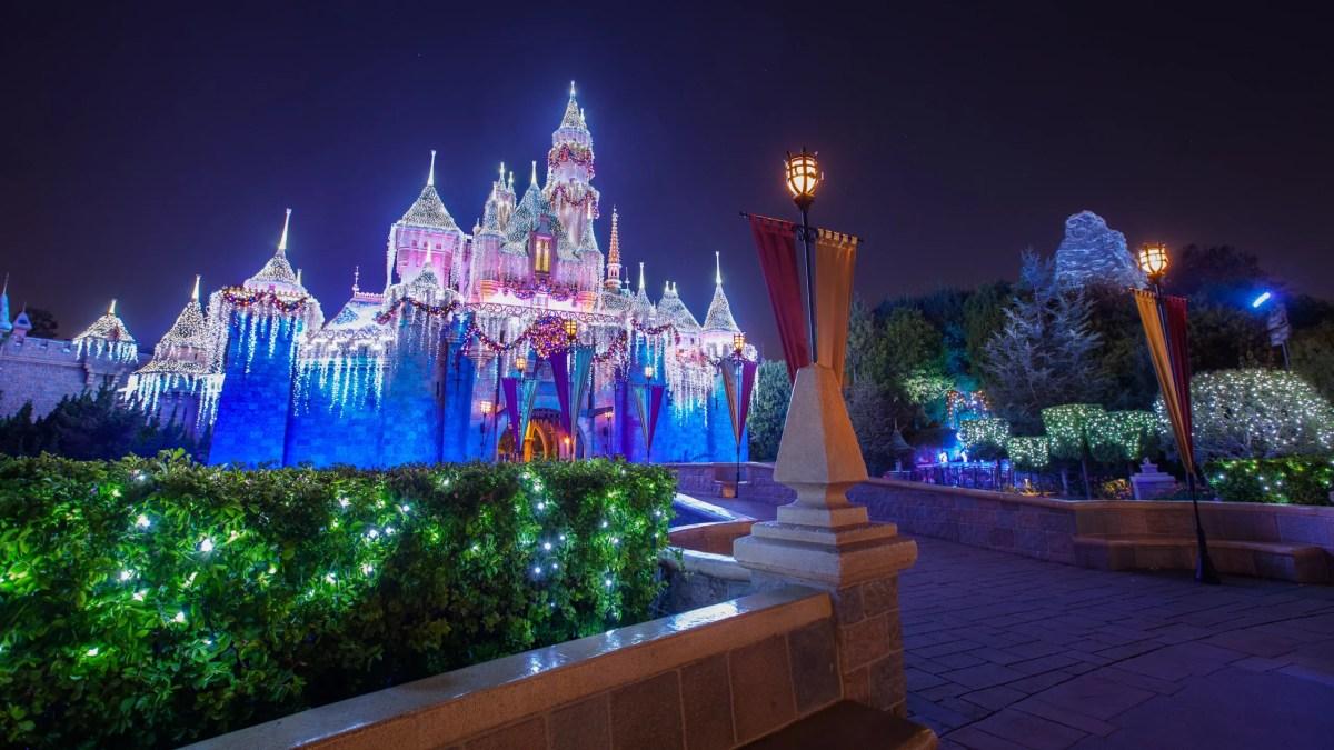 Disneylandia presenta Disney Merriest Nites del 11 de noviembre al 9 de diciembre en California