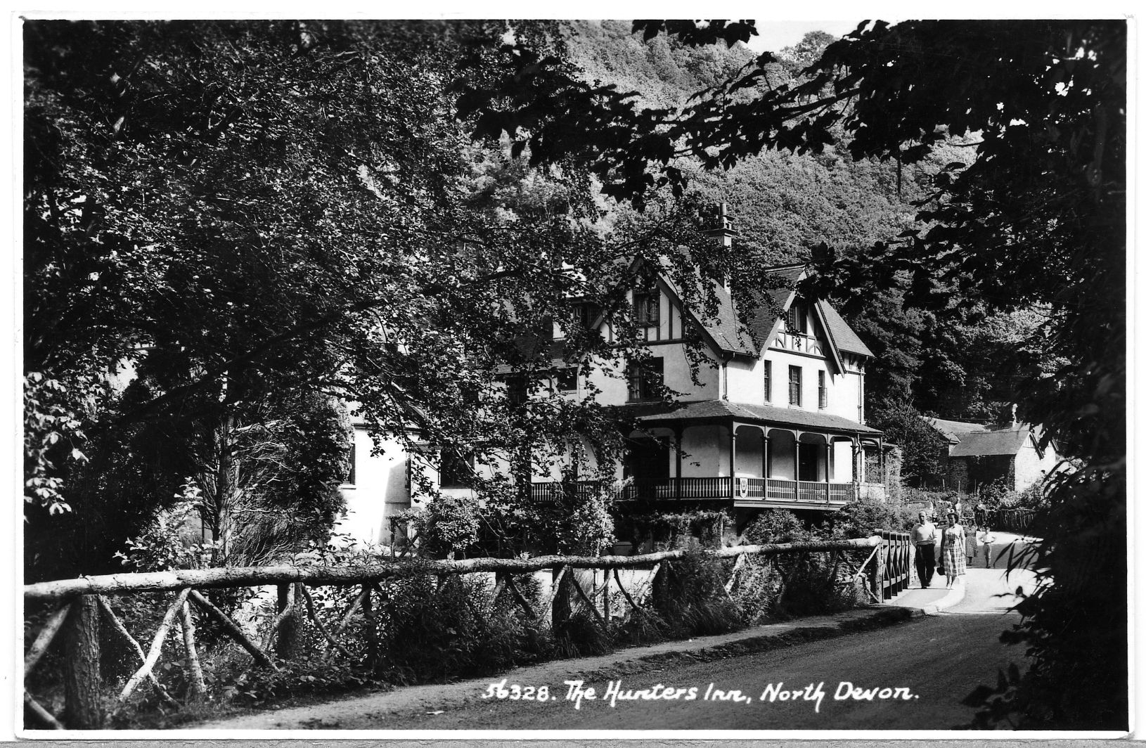 Postcard of 'The Hunters Inn' - kinf permission of the Antell Family