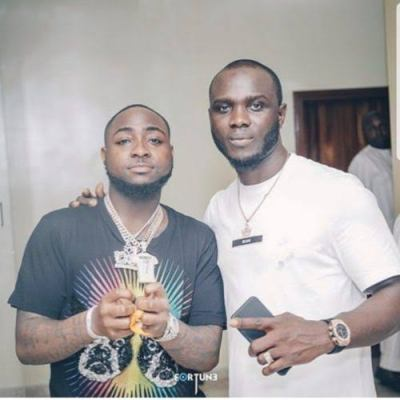 Davido Engages In A Heated Argument With One Of His 30BG Members, Breaks Bottle (VIDEO)