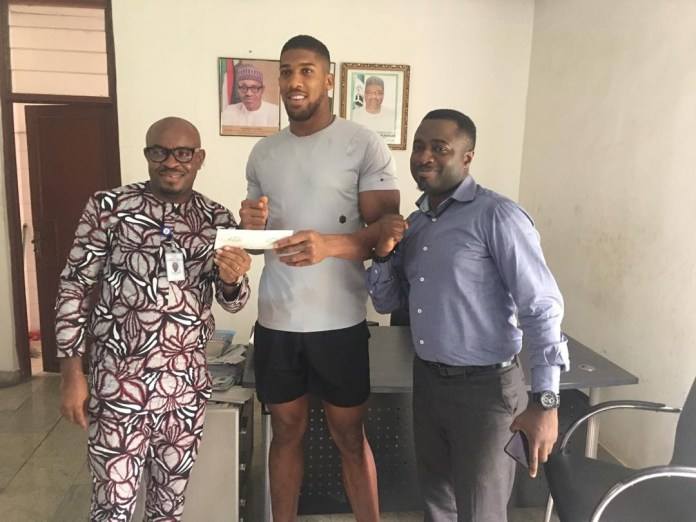 Anthony Joshua enrolls for national ID (Photos)