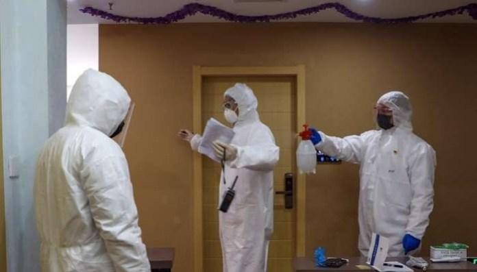 China announces biggest drop in new coronavirus cases