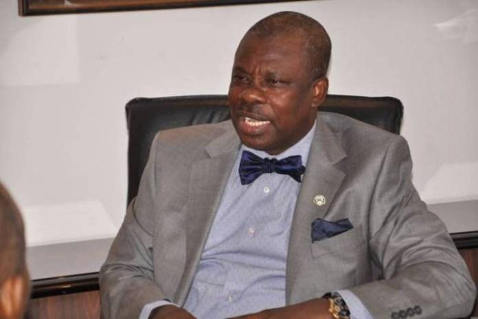 Senator Amosun donates N25 million to Ogun state