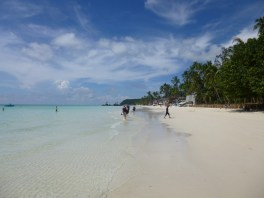 White beach - towards station 1