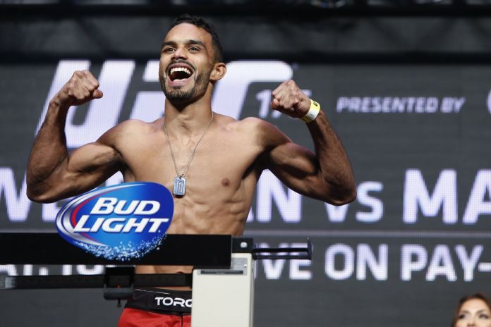 https://www.mmafighting.com/2017/7/8/15942946/ufc-213-results-rob-font-rolls-over-douglas-silva-de-andrade