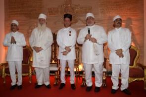 Dr Ervad Ramiyar Karanjia, Vada Dasturji Dr Firoze Kotwal, Jimmy Mistry, Vada Dasturji Khurshed Dastoor & Vada Dasturji Cyrus Noshirwan Dastur2