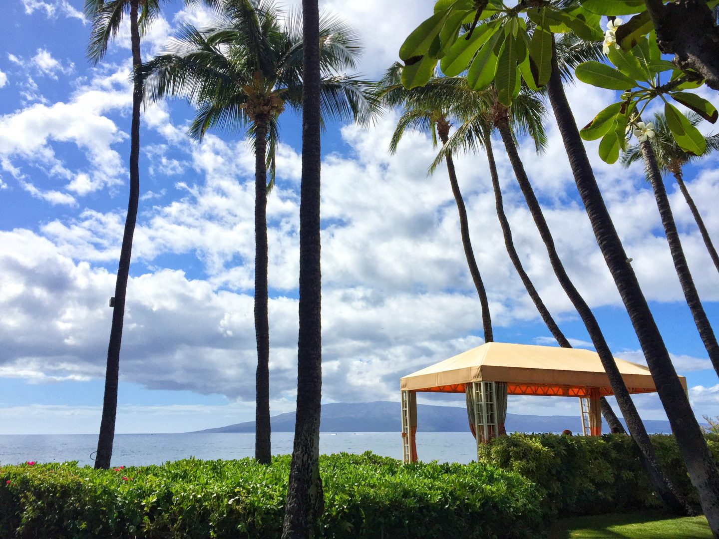 How to travel more with a full-time job Hawaii