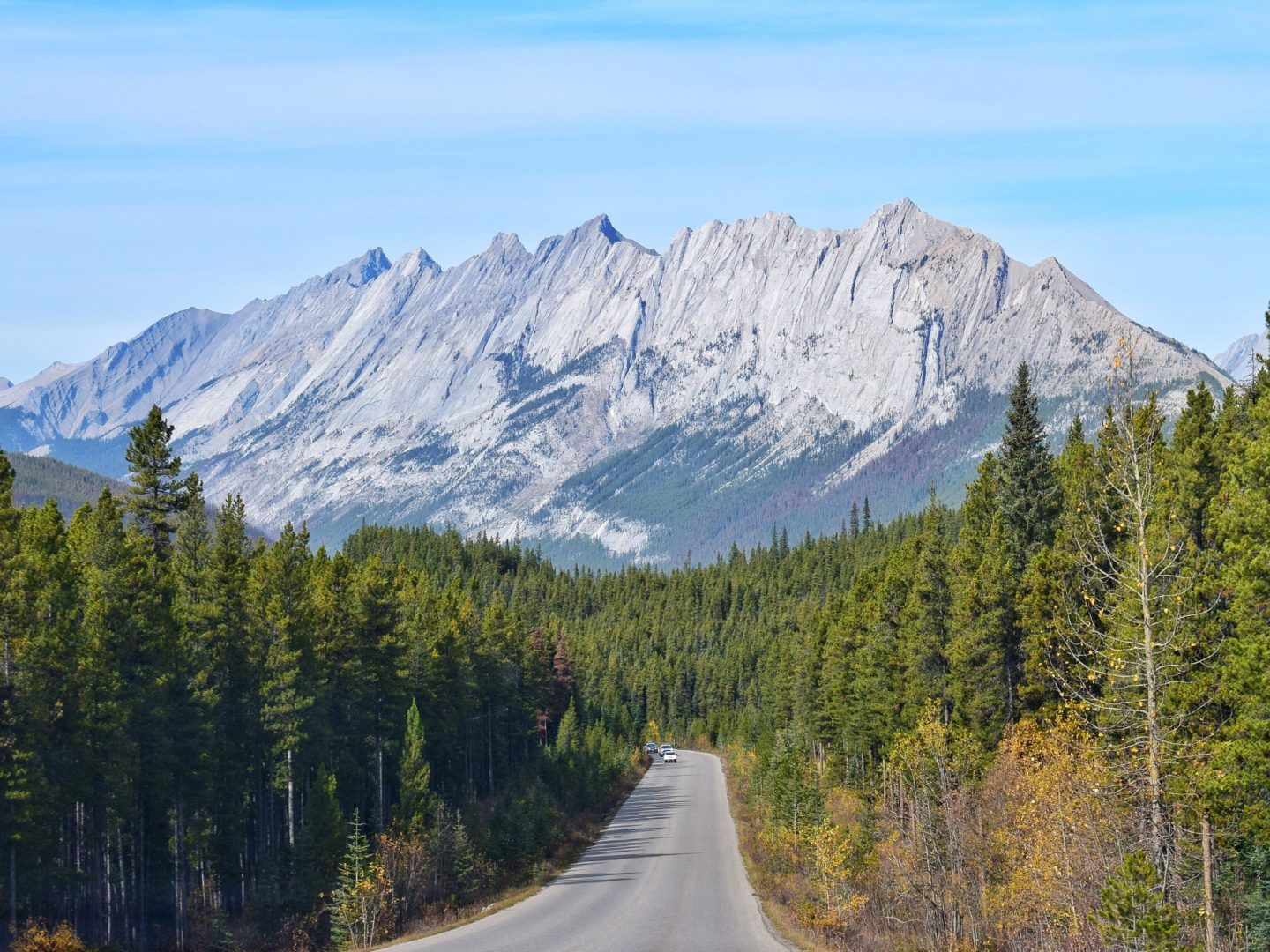 Part-time traveller on a roadtrip in Canada
