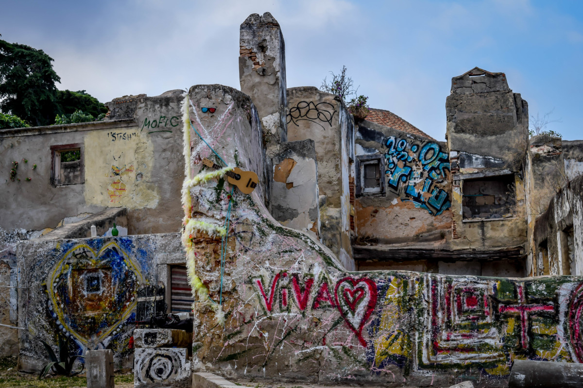 Lisbon street art recycled art exhibition