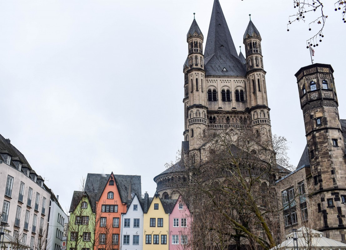 Fischmarkt Cologne with church
