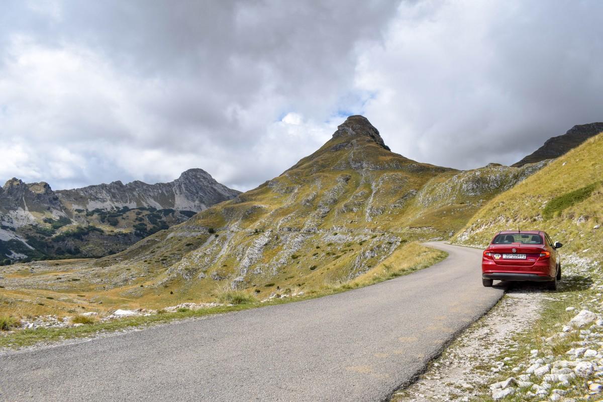 P14 ring road road trip Durmitor National Park