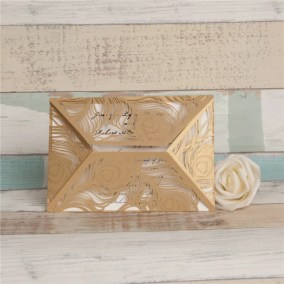 10.1_Partecipazione-a busta-con fiori-oro-interno-bianco