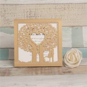 20_Partecipazione-quadrata-con-albero-e-sposi-oro-interno-bianco