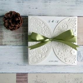4_PML Bianche con fiocco verde