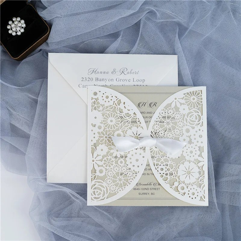 WPL0001 con cartoncini beige e busta bianca