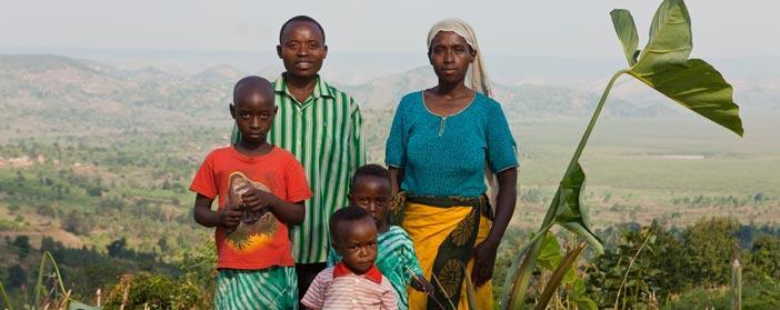 FP_HealthFamilyRwanda_702x279