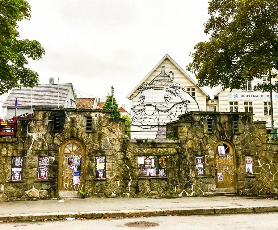Murales del duo francese Ella & Pirt, Stavanger