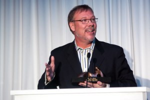 Alan Greene receiving HCHW award