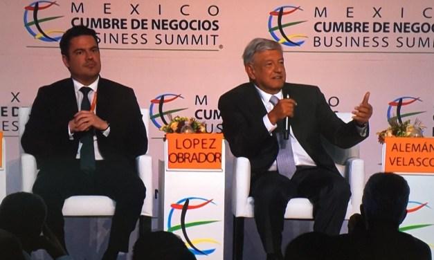 """Crecimiento anual, reducción de deuda, trabajo para """"ninis"""" y migración: AMLO en Guadalajara"""