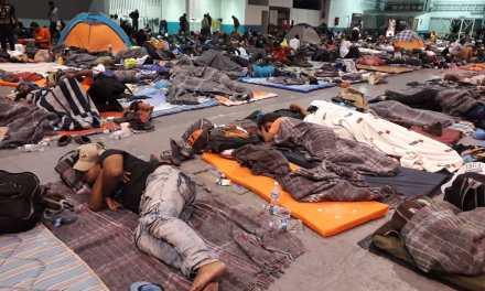 Arriba el mayor contingente de migrantes, se espera a otras cuatro caravanas
