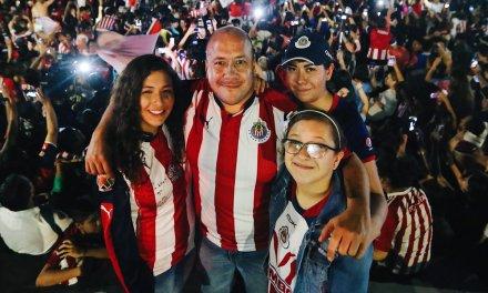 "Viaja Alfaro Ramírez a Pachuca ""a apoyar al Rebaño"""