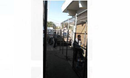 Retiran jaulas de detención en la Hermosa Provincia; vecinos temen por su seguridad