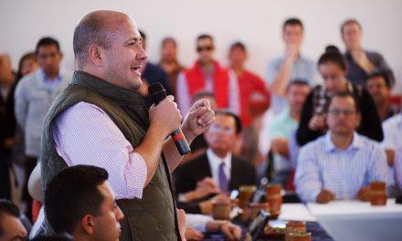 No temo a los abucheos: Alfaro Ramírez