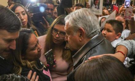 """""""No hay límite presupuestal"""" para buscar desaparecidos: López Obrador"""
