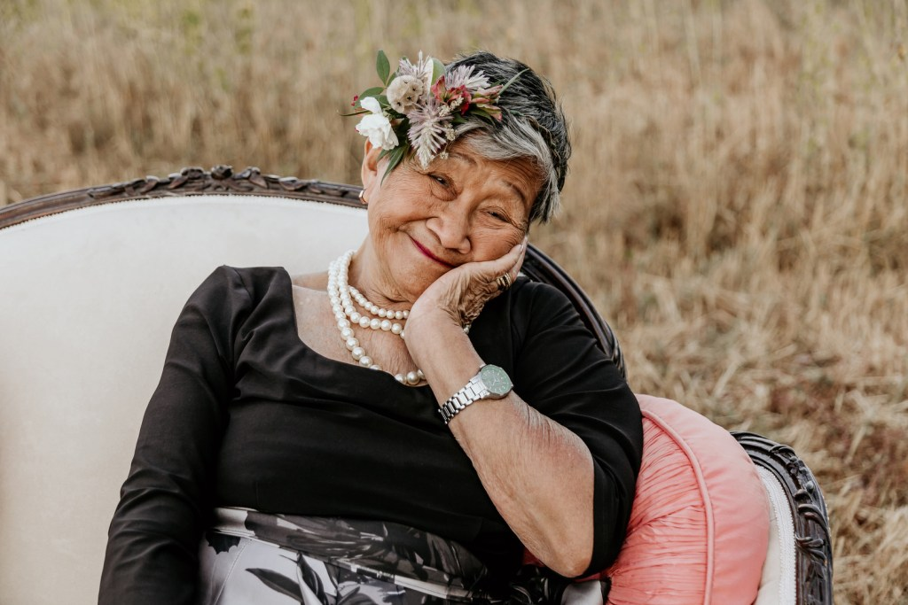 This grandma's 95th birthday party was captured by her granddaughter during this vintage inspired milestone birthday photoshoot. Featuring a stunning 95th birthday cake, this elegant shoot will give you ideas for your next party! #birthdaycake #birthdays #birthdayparties #birthdaycaketopper #photoshoots