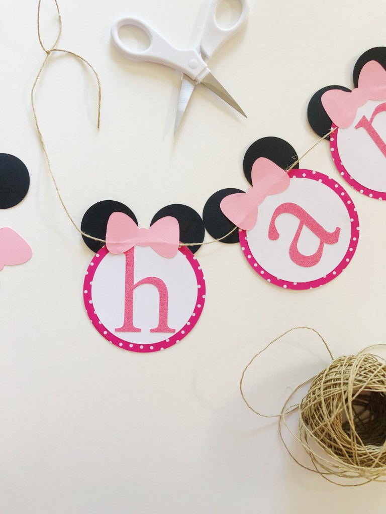 Let me guess: you wanna throw a super adorable Minnie Mouse themed birthday party. If you're looking for the cutest minnie mouse birthday party decorations that are homemade and handmade, this post details three projects you can do yourself for little or no time at all! If you're not interested in taking the time, because let's be real, your super busy, they're available for purchase.
