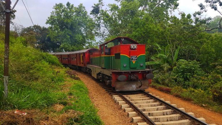 train route entre Haputale et Ella sri lanka