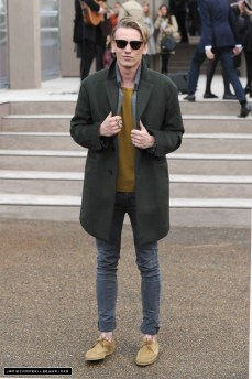 Jamie wearing Burberry. I love those colors on him.