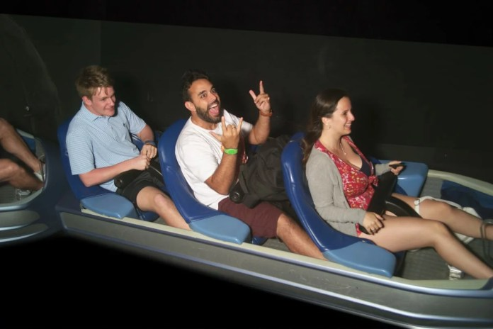 Pose para foto Space Mountain