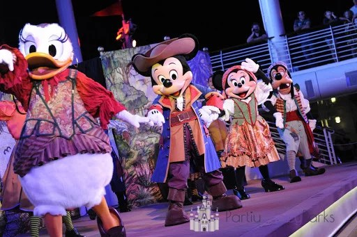 Disney Pirate Night Cruzeiro Disney