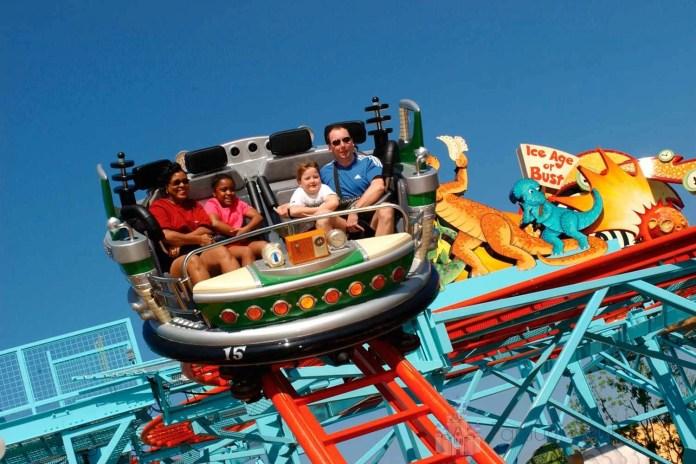 A Primeval Whirl é uma montanha-russa da Disney