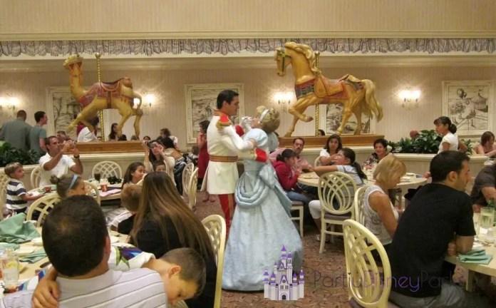 1900-park-fare-jantar-cinderela-principe-restaurante-disney