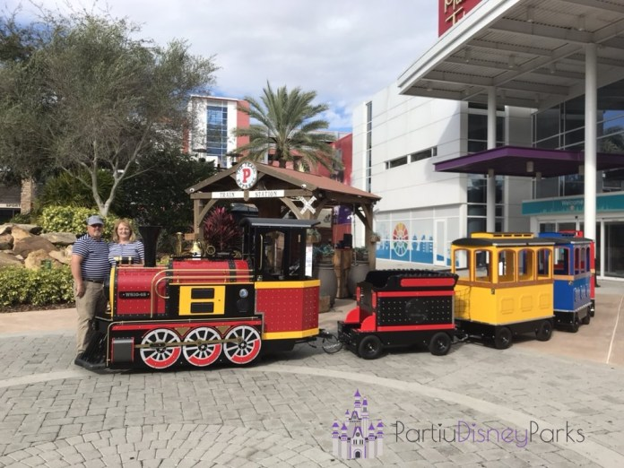 pearl-express-train-orlando-icon-park
