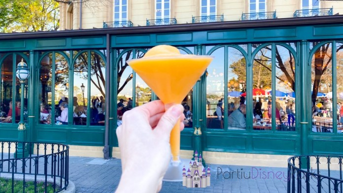 drinking-around-the-world-epcot-france-grand-mariner