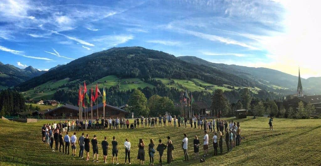 bolsas para participar de evento internacional European Forum Alpbach Austria