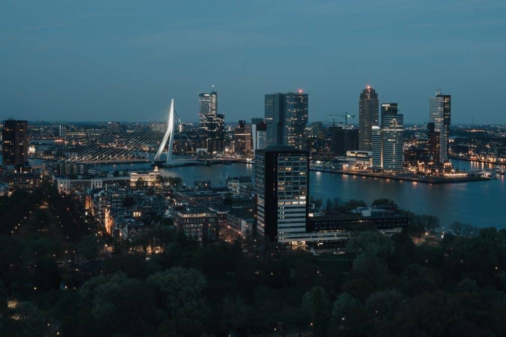 bolsas para pós-graduação na Holanda oea rotterdam