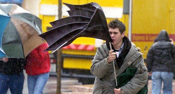 Imagem via: http://www.breakingnews.ie/ireland/met-eireann-warns-of-blizzard-like-conditions-583582.html