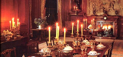 Imagem via: http://www.farmleigh.ie/TourofFarmleigh/TheDiningRoom/