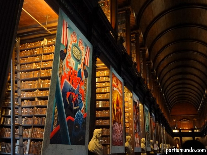 long room - trinity college 2