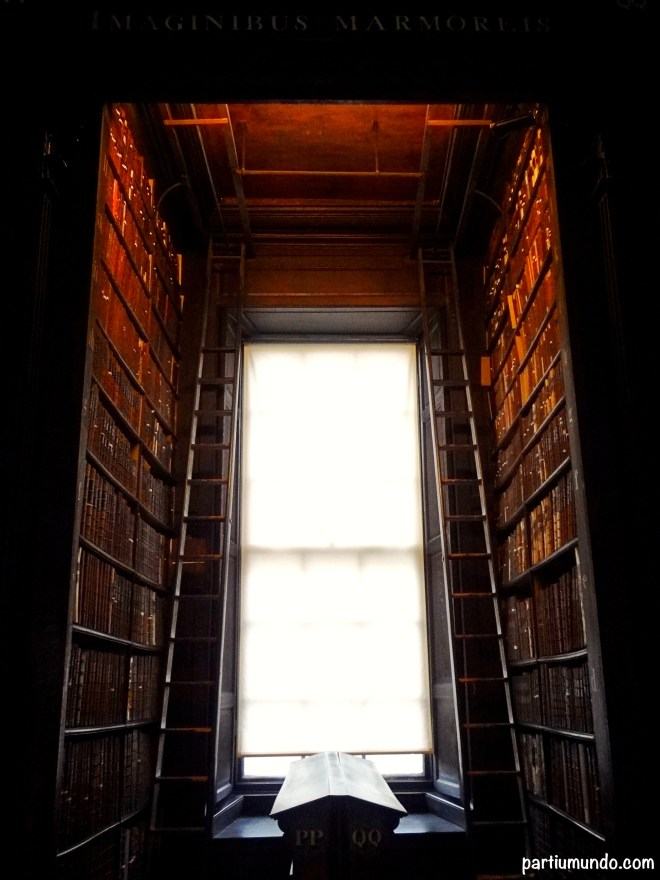 long room - trinity college 3