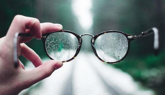 wet glasses karl-jk-hedin-jgPcjw2tBVc-unsplash small