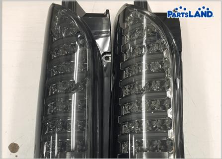 ハイエース200系 LEDテールランプ パート2  ガレージオフ 秦野店