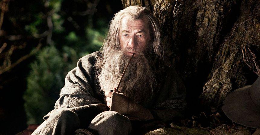 Gandalf-fumando-pipa